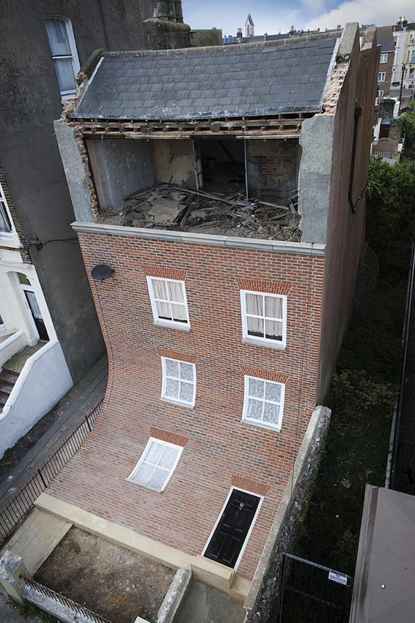 نمای آجری ساختمان انگلیسی