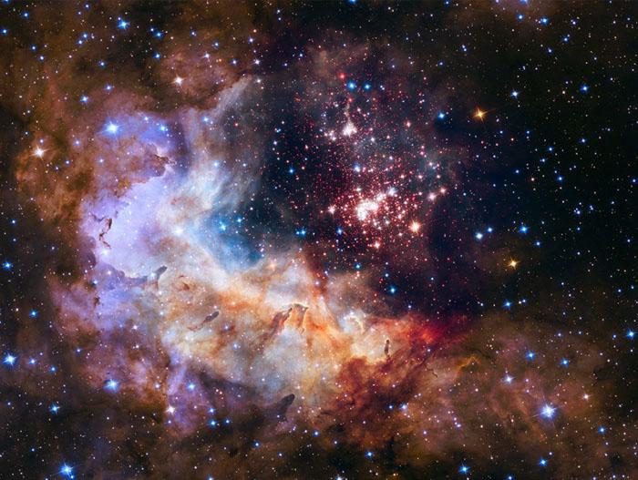 عکسهای تلسکوپ هابل از کهکشانها و ستارگان